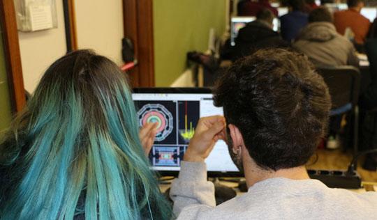 Studenti delle superiori alle prese con i veri dati del CERN in tutta Italia. Si inizia lunedì in Emilia Romagna