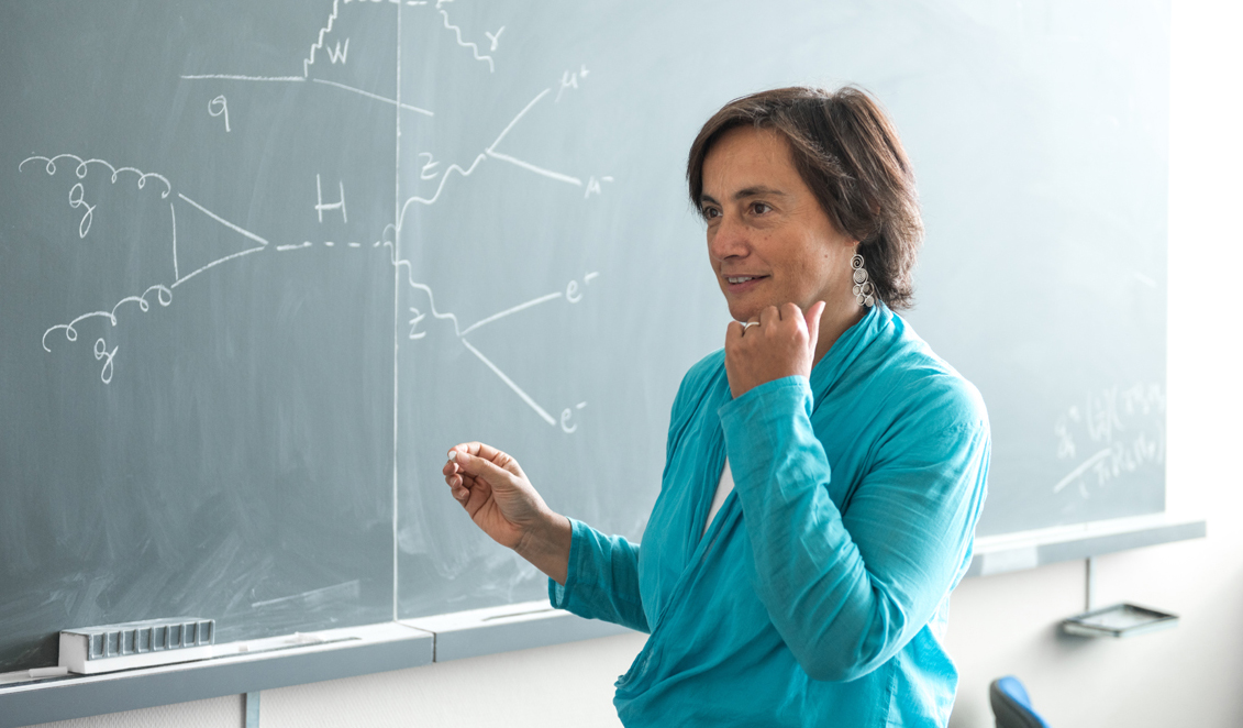 A CHIARA MARIOTTI L'EPS EMMY NOETHER DISTINCTION FOR WOMEN IN SCIENCE