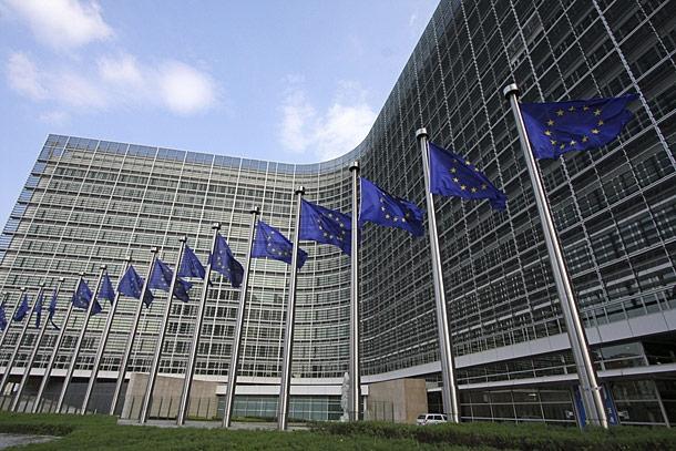 CON FELLINI L'INFN SI AGGIUDICA 3.2 MILIONI DI EUROPER GIOVANI RICERCATORI